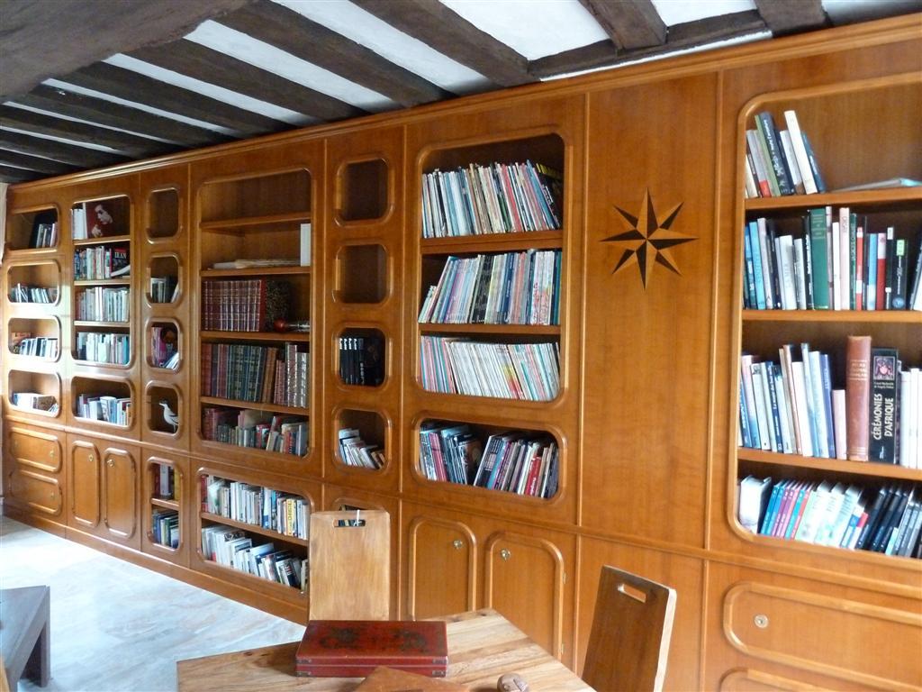 cuisine sur mesure tours pose de parquet tours biblioth que bois sur mesure paris 75. Black Bedroom Furniture Sets. Home Design Ideas