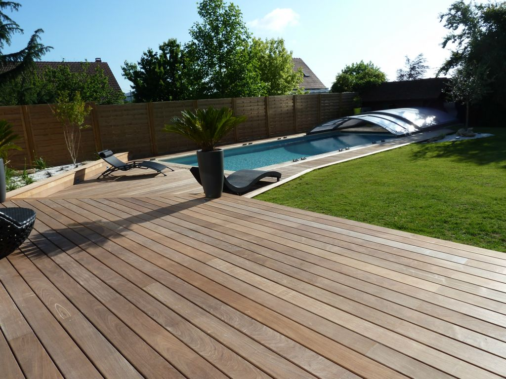 Terrasse composite orleans for Meuble terrasse