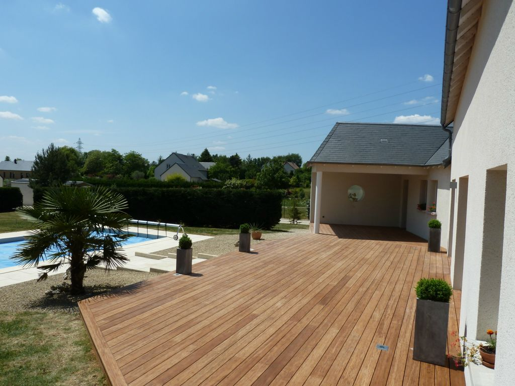 Bardage bois ext rieur am nagement ext rieur bois for Amenagement de terrasse
